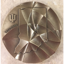 IU First Lady Laurie Burns McRobbie presents Women's Philanthropy Institute leaders with Bicentennial Medal