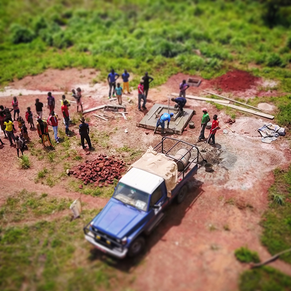 Installing a well in Central African Republic